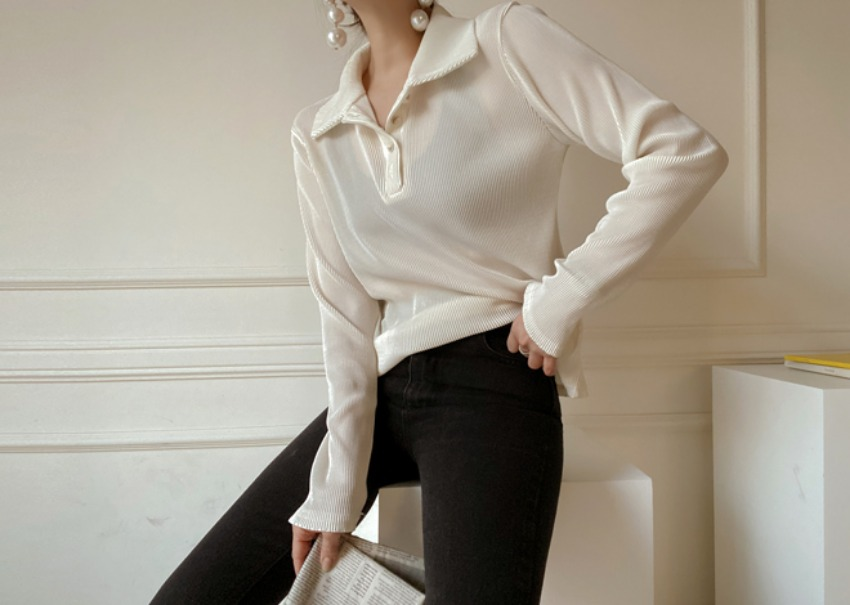 Lucy pleat blouse