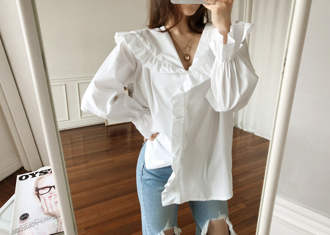 Tiny ruffle Blouse