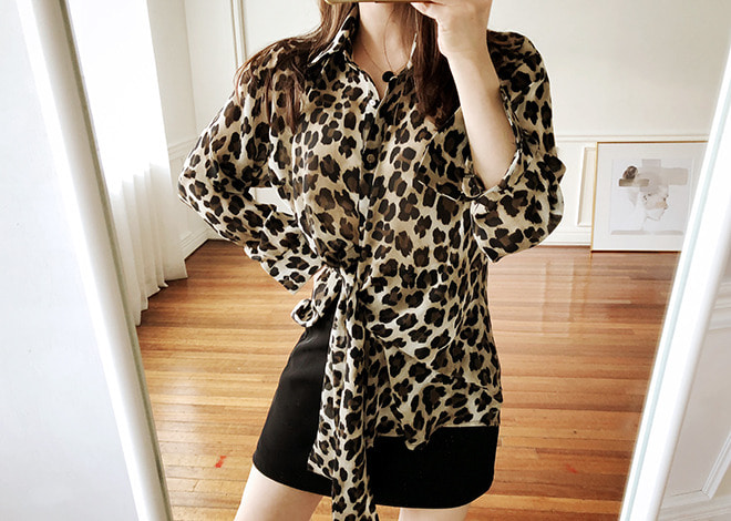 Ribbon Leopard Blouse