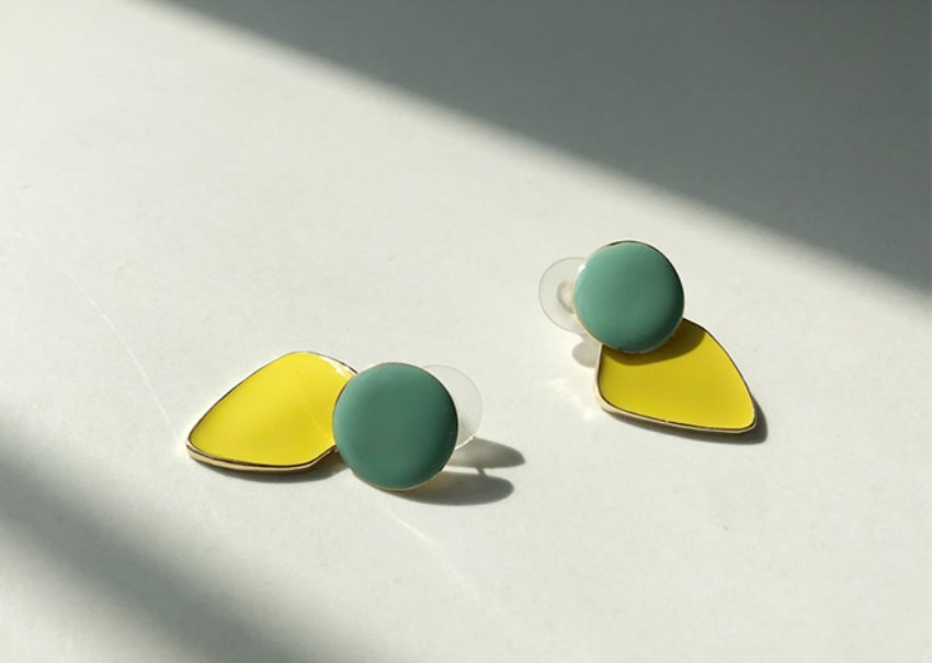 Maron two-tone earrings