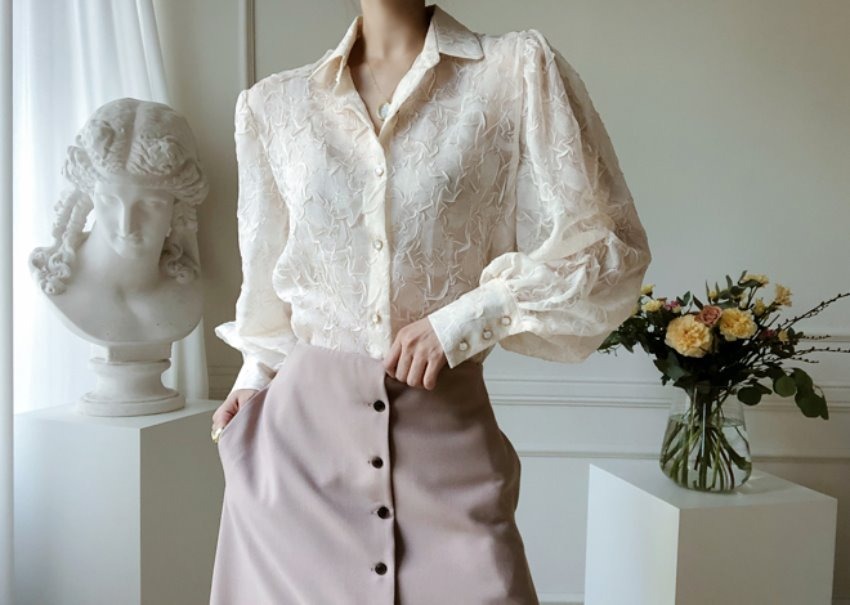 Organza shirring blouse