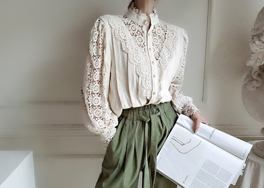 Marie lace blouse