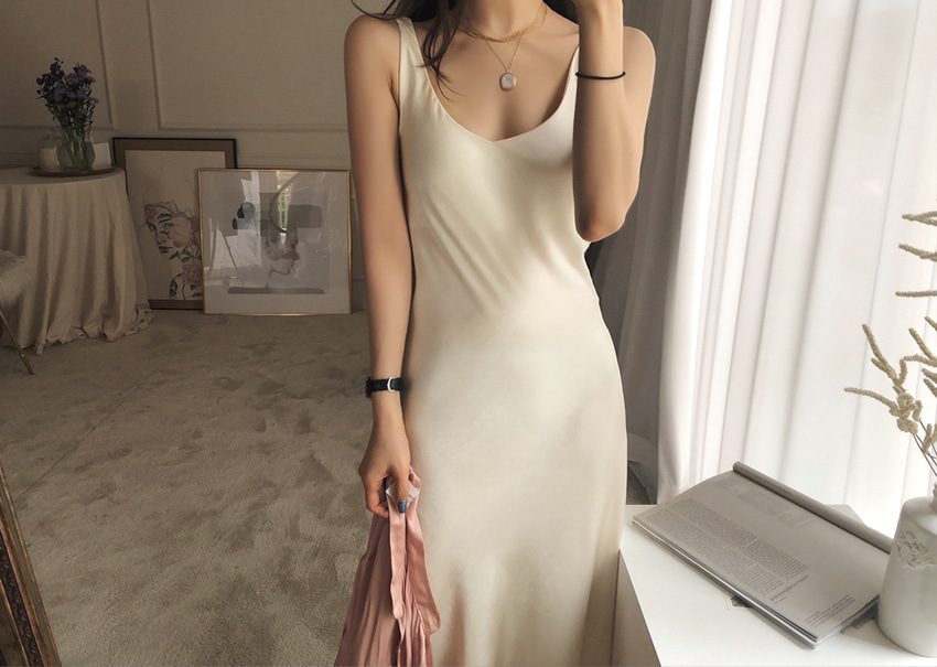 Resort satin dress