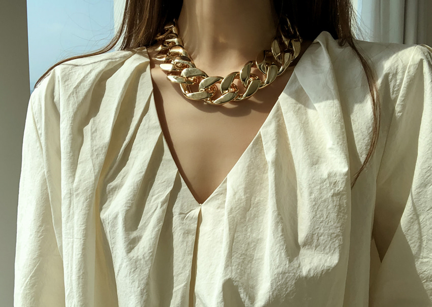 Symonds chain necklace