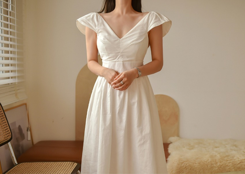 Senodia Linen Dress