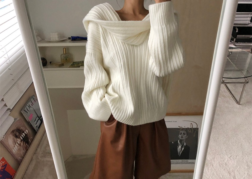 Draped scarf knit