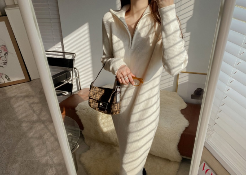 Knitted zip up dress