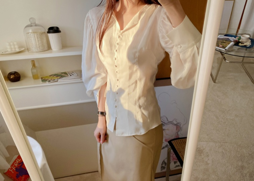 Vanessa button blouse