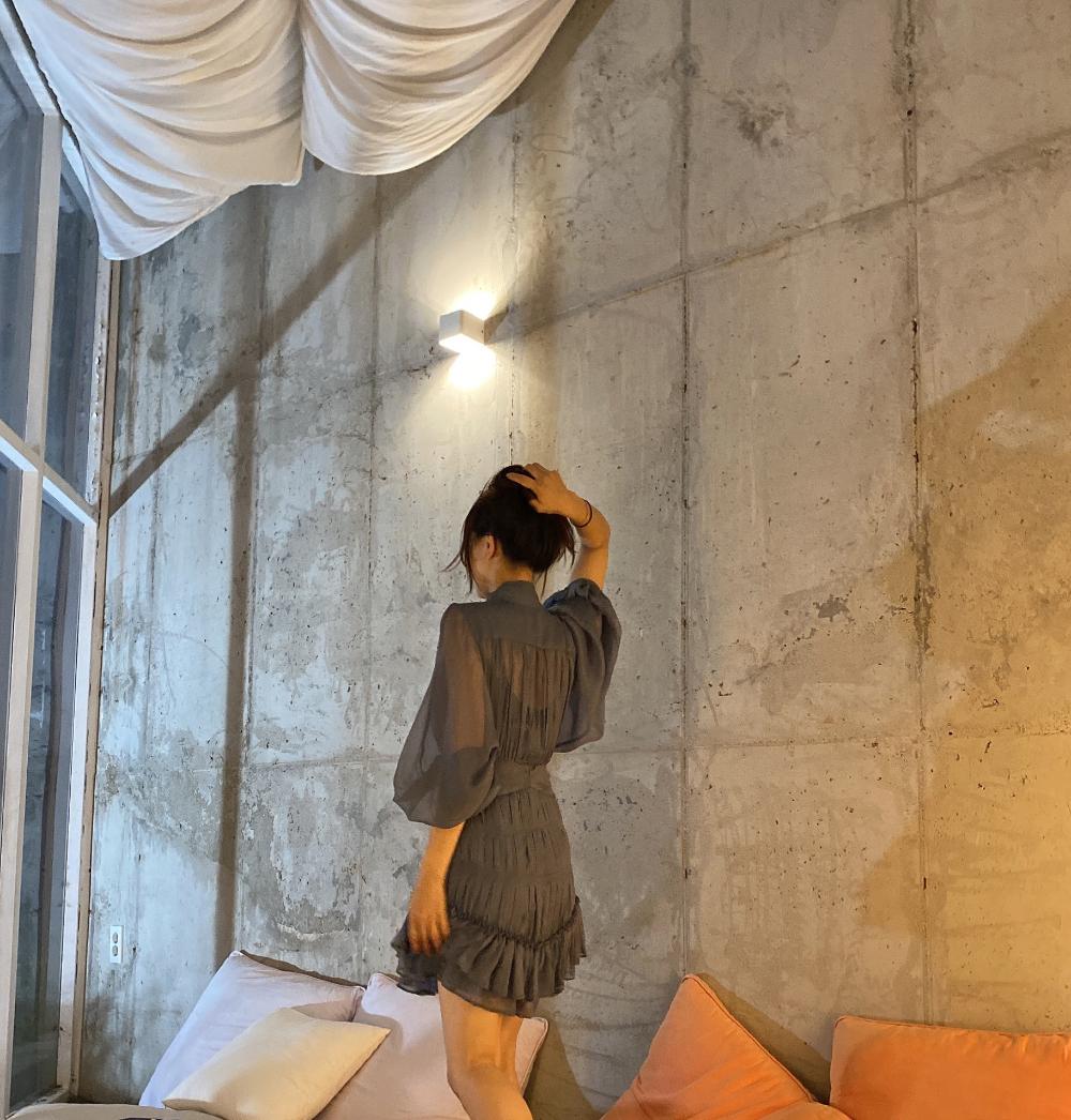 드레스 모델 착용 이미지-S1L7